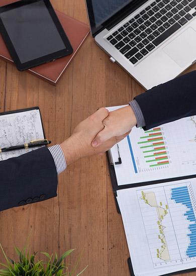 Avocat en droit commercial, recouvrement créances